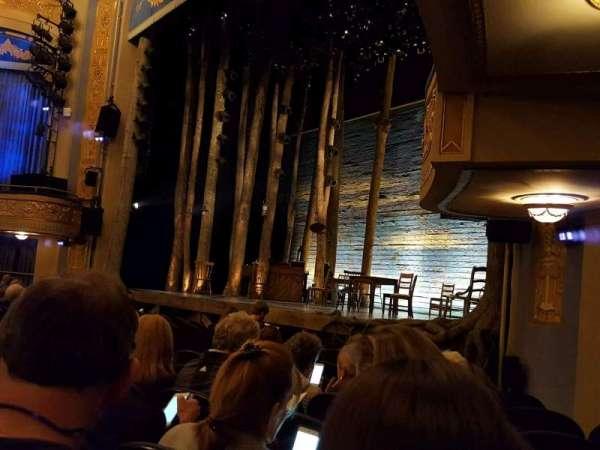 Gerald Schoenfeld Theatre, secção: Orchestra R, fila: H, lugar: 22