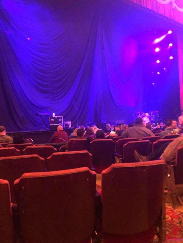 Fox Theatre (Detroit), secção: F2, fila: G, lugar: 211