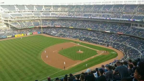 Yankee Stadium, secção: 428, fila: 9, lugar: 22