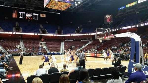 Mohegan Sun Arena, secção: 21, fila: D, lugar: 7