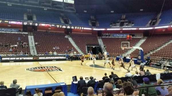 Mohegan Sun Arena, secção: 25, fila: I, lugar: 5