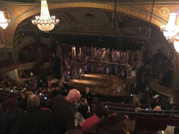 Richard Rodgers Theatre, secção: Rear Mezzanine R, fila: G, lugar: 12