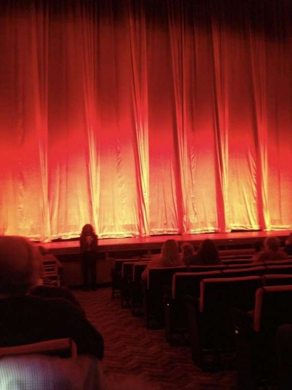 Radio City Music Hall, secção: Orchestra 5, fila: LL, lugar: 501