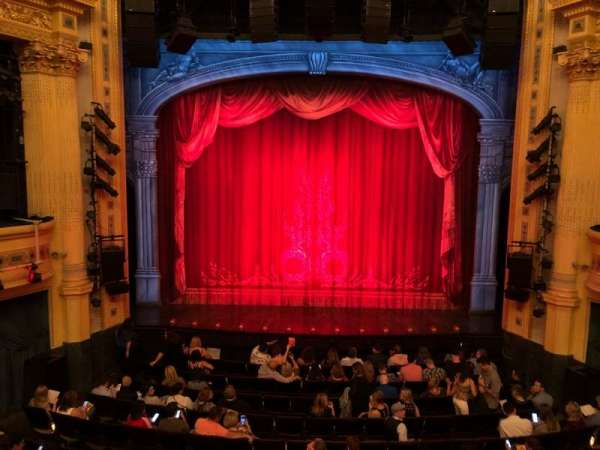 Hudson Theatre, secção: Dress Circle C, fila: B, lugar: 108