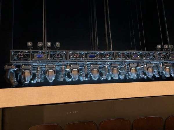 Lunt-Fontanne Theatre, secção: ORCH Center, fila: E, lugar: 101