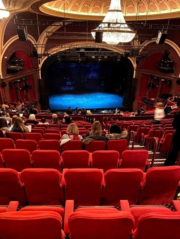 Broadway Theatre - 53rd Street, secção: Rear Mezzanine LC, fila: O, lugar: 108