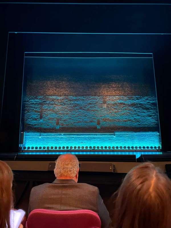 Broadhurst Theatre, secção: Orchestra C, fila: C, lugar: 106