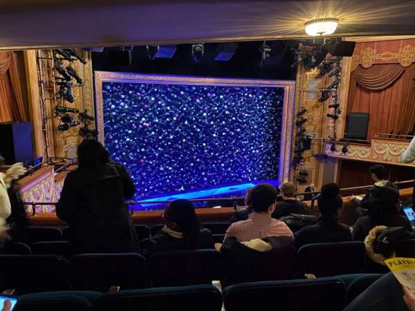 Longacre Theatre, secção: Mezzanine L, fila: J, lugar: 14