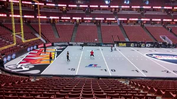 Honda Center, secção: 224, fila: S, lugar: 8