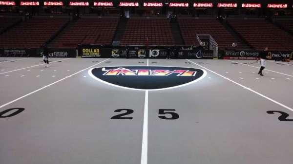 Honda Center, secção: 222, fila: A, lugar: 8