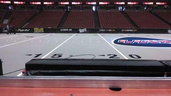 Honda Center, secção: 209, fila: C, lugar: 8