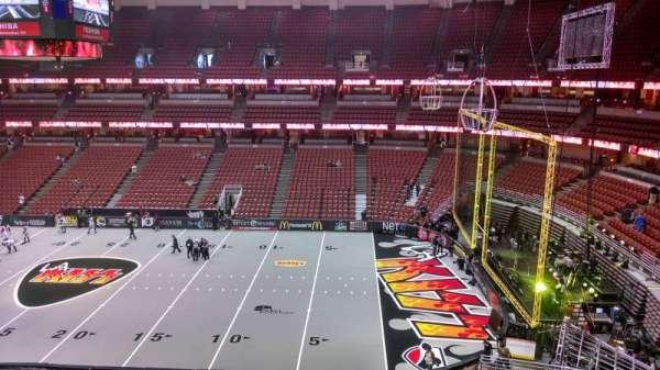 Honda Center, secção: 431, fila: B, lugar: 8