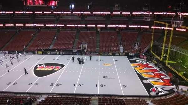 Honda Center, secção: 432, fila: B, lugar: 8