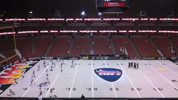 Honda Center, secção: 434, fila: B, lugar: 8