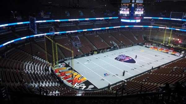 Honda Center, secção: 439, fila: N, lugar: 8
