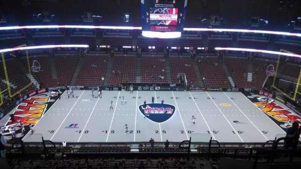 Honda Center, secção: 434, fila: M, lugar: 8
