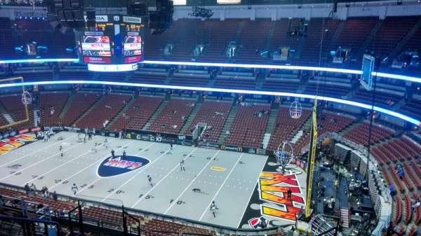 Honda Center, secção: 430, fila: M, lugar: 8