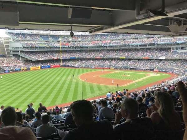 Yankee Stadium, secção: 231, fila: Standing , lugar: 4