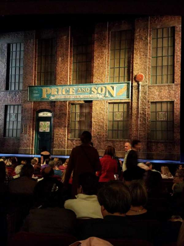 Al Hirschfeld Theatre, secção: Orchestra R, fila: P, lugar: 6, 8