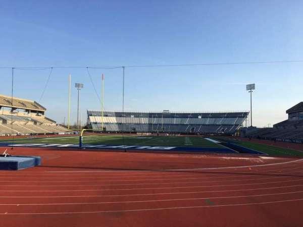 UB Stadium, secção: 116, fila: A, lugar: 1