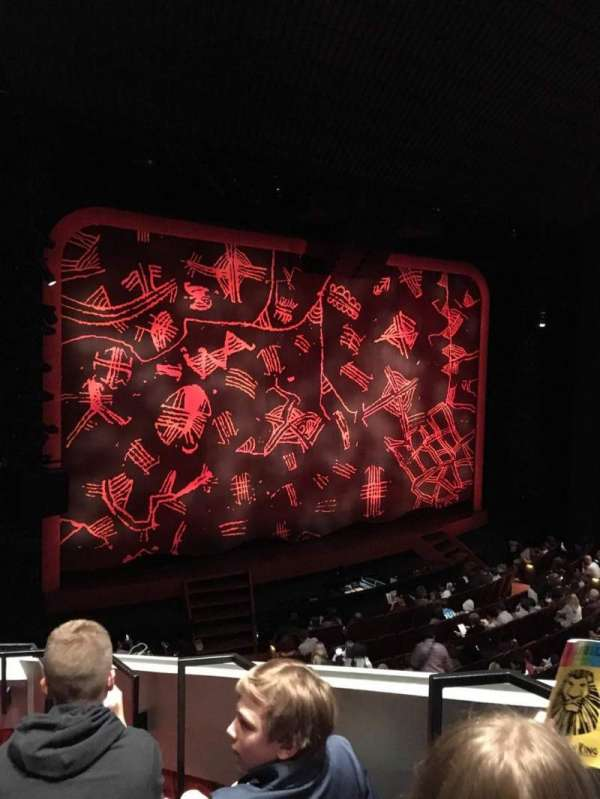 Minskoff Theatre, secção: Mezzanine, fila: EE, lugar: 3