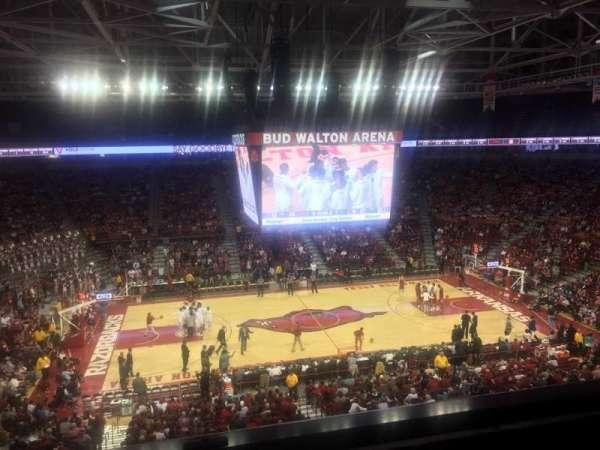 Bud Walton Arena, secção: 219, fila: 1, lugar: 12