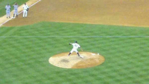 Yankee Stadium, secção: 420B, fila: 12, lugar: 8