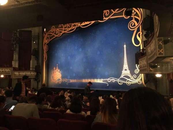 Broadhurst Theatre, secção: Orchestra R, fila: N, lugar: 24