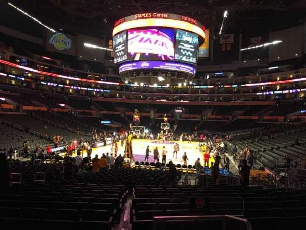 Staples Center, secção: 115, fila: 16, lugar: 18