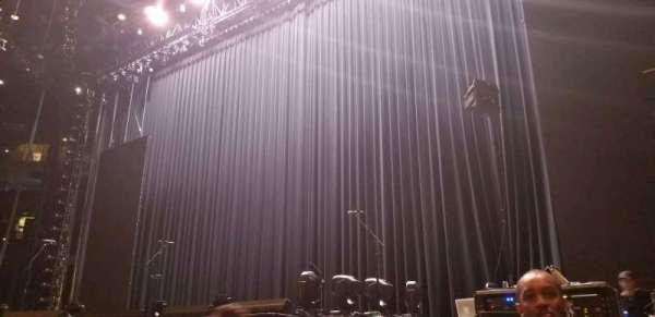 Oakland Arena, secção: C, fila: 2, lugar: 14