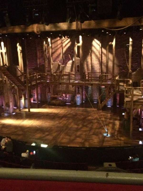 Richard Rodgers Theatre, secção: Front Mezzanine R, fila: A, lugar: 4