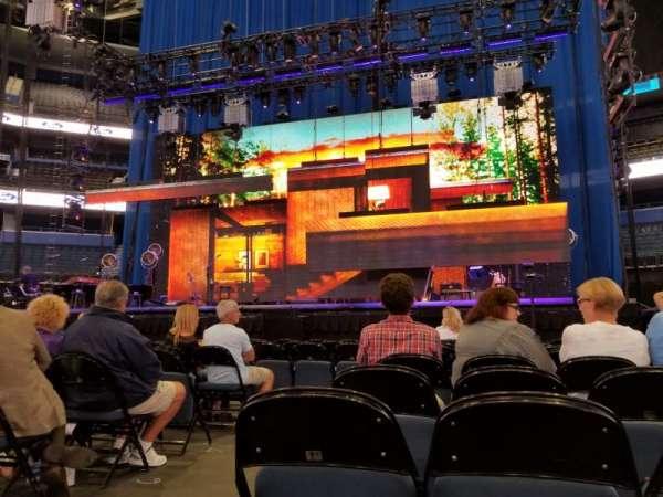 Amalie Arena , secção: FL1, fila: 10, lugar: 14