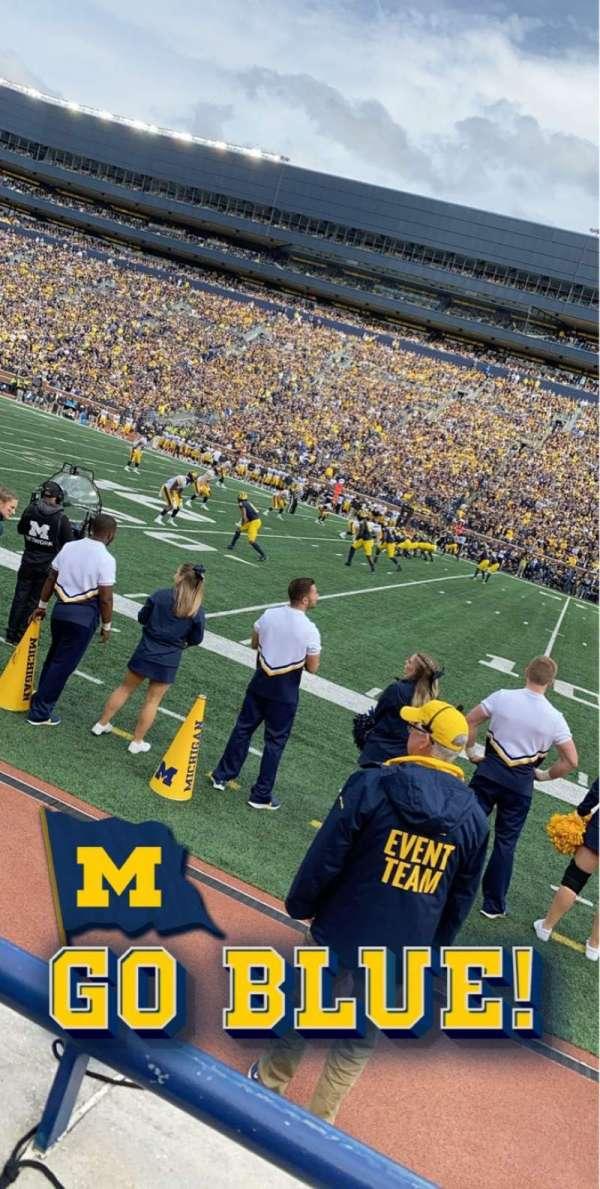 Michigan Stadium, secção: 20, fila: A, lugar: 10