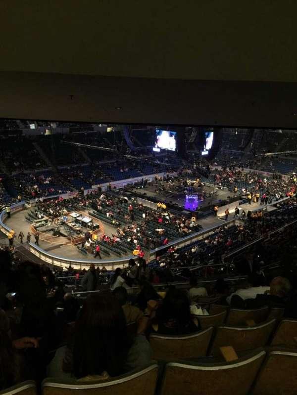 Old Nassau Veterans Memorial Coliseum, secção: 308, fila: O, lugar: 15