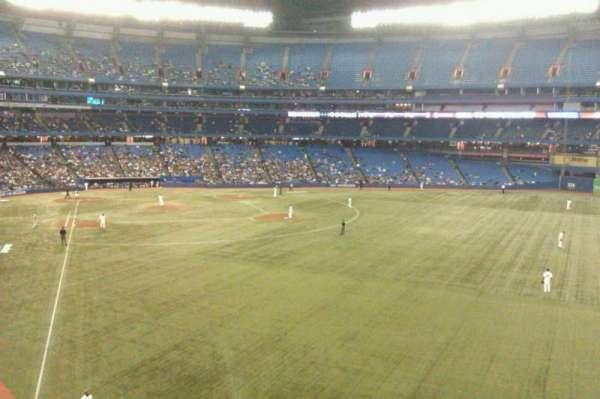 Rogers Centre, secção: 209L, fila: 3, lugar: 101