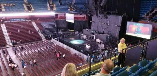 Mohegan Sun Arena, secção: 107, fila: G, lugar: 8