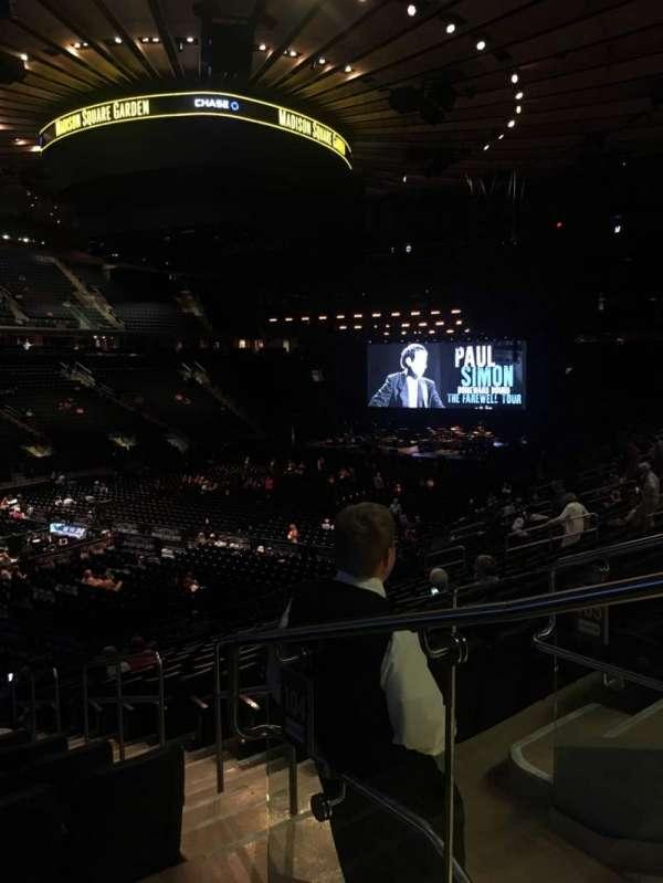 Madison Square Garden, secção: 104, fila: 20, lugar: 22