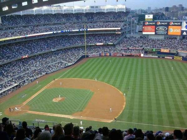 Yankee Stadium, secção: 414, fila: 14, lugar: 20