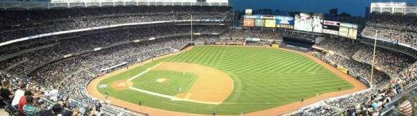 Yankee Stadium, secção: 414, fila: 1, lugar: 20