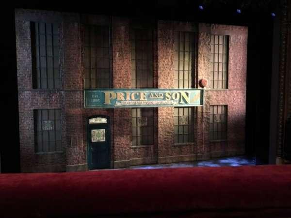Al Hirschfeld Theatre, secção: Mezzanine C, fila: A, lugar: 115