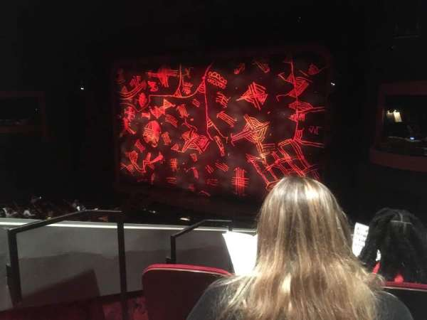 Minskoff Theatre, secção: Mezzanine, fila: GG, lugar: 8