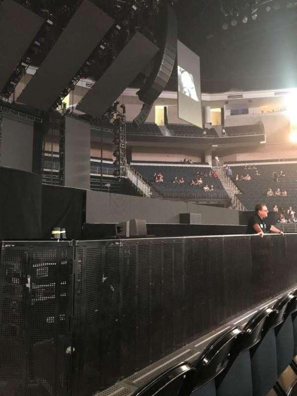Infinite Energy Arena, secção: Floor 5, fila: B, lugar: 10