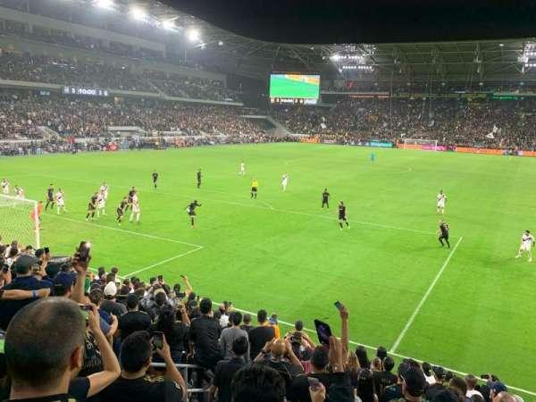 Banc of California Stadium, secção: 120, fila: M, lugar: 19