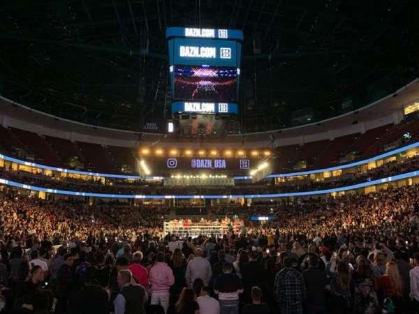 Honda Center, secção: 201, fila: D, lugar: 11