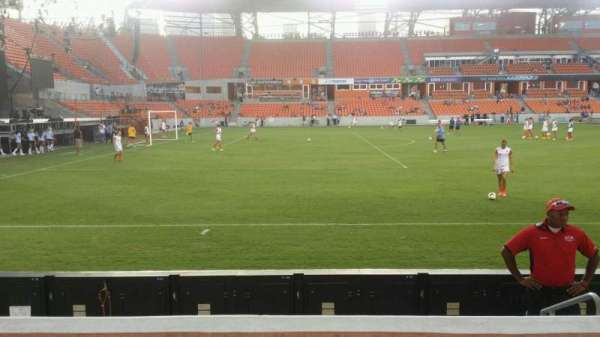 BBVA Stadium, secção: 129, fila: d, lugar: 4