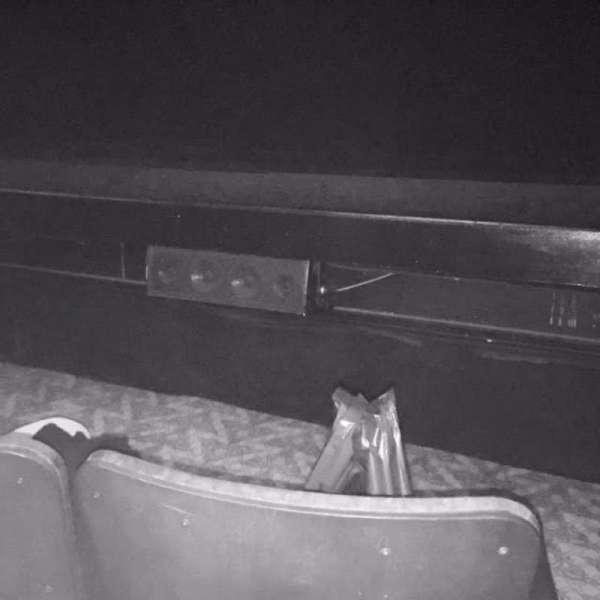 Ambassador Theatre, secção: Orchestra R, fila: A, lugar: 2
