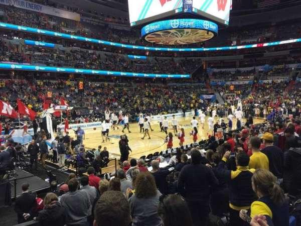 Capital One Arena, secção: 120, fila: J, lugar: 2