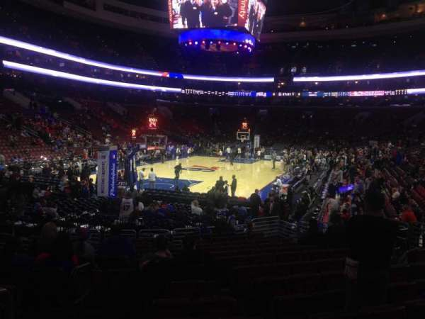 Wells Fargo Center, secção: 121, fila: 14, lugar: 1-2
