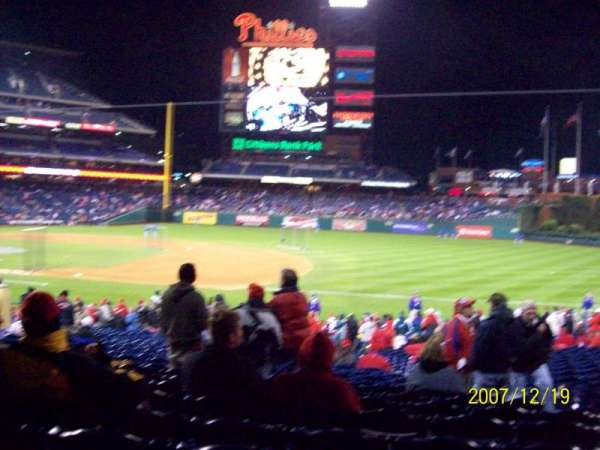 Citizens Bank Park, secção: 114, fila: 30, lugar: 5