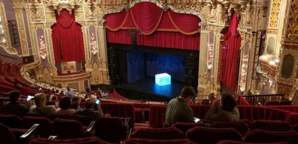 Nederlander Theatre (Chicago), secção: BALCFR, fila: S, lugar: 386